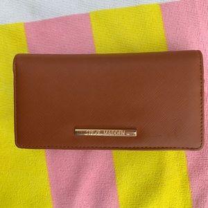 Steve Madden Accessories - Steve Madden 2-in-1 Wallet